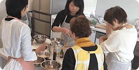 重ね煮アカデミー 教室の流れ2: 調理実習