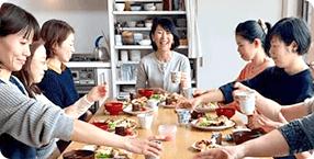 重ね煮アカデミー 教室の流れ3: 試食